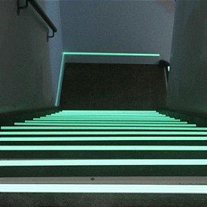 Tinta Glow Corion Fotoluminescente 450ml para Saida Emergencia, Escada, Sinalização. Brilha No Escuro Sem Luz Negra Divs Cores