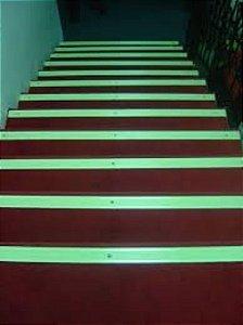 Tinta Glow 225ml para Saida Emergencia, Escada, Sinaizacao. Brilha No Escuro Sem Luz Negra Divs Cores