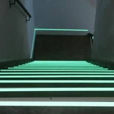 1 Galao x Tinta Glow Corion Fosforescente para Marcação de Piso, Saída de Emergência, Rotas de Fuga, Segurança e Placas. Brilha Sem Luz Negra