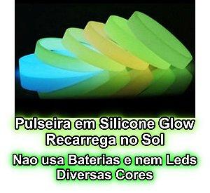 Kit 10 Pulseiras Silicone Brilha No Escuro Sem Luz Ou Bateria. Recarregavel no Sol.