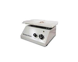 Agitador Analógico para 4 microplacas, velocidade entre 600 e 2200 RPM, 220V, mod.: AGMIC4-220V (Shaker)