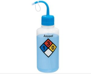 Pisseta com Classificação de Risco - Álcool, Graduada em Silk Screen, em Polietileno, Capacidade de 500 ml, mod.: 0411-0 (J.Prolab)