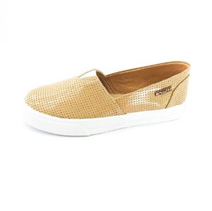 Tênis Slip On Quality Shoes Feminino 002 Verniz Bege Perfurado