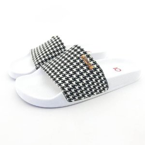 Chinelo Slide Quality Shoes Feminino Quadriculado Preto e Branco Sola Branca