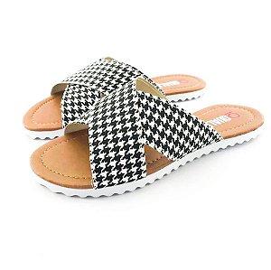 Rasteira Quality Shoes Feminina 008 Quadriculado Preto e Branco