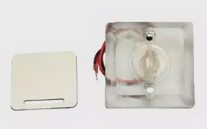 Peças e acessórios Lanchas Focker - Luz de cortesia acrílica LED Corpo quadrado 12V (Branco, azul, vermelho e amarelo) 1 un.