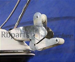 Peças e Acessórios Lancha Focker - Suporte De Âncora Roller Focker 275
