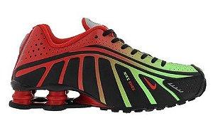 Nike Shox R4 - Vermelho e Verde