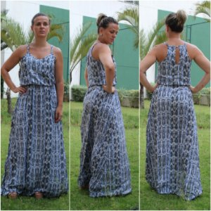 Vestido longo estampado - tons de azul bebê, lilás e preto