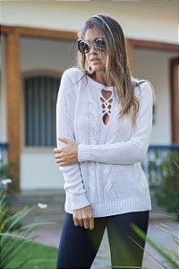 Blusa em tricot com detalhe lindo no decote