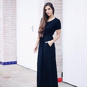 Vestido black com manga e cordão
