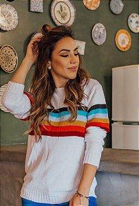 Suéter de tricot com listras coloridas