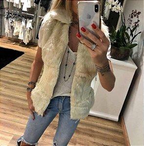 Colete acinturado pêlinho e tricot - Cor off white