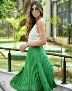 Saia plissada midi - Verde