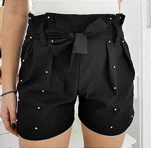 Shorts preto com spike de bolinha
