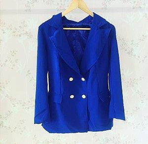 Maxi blazer azul royal com botões dourados