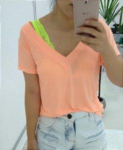 T-shirt podrinha em poliamida - Salmão Neon