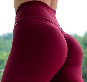 Calça legging fitness levanta bumbum na cor vinho - tamanho único