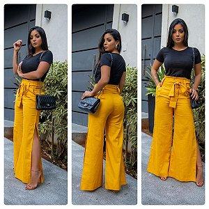 Calça pantalona de linho com faixa na cintura - Amarela