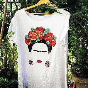 T-shirt bordada à mão - Frida Kahlo