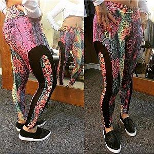 Legging fitness snake com detalhe em tela na lateral