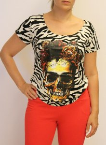 Tshirt com estampa CAVEIRA e material super premium