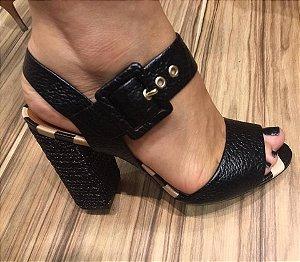 Sandália Vicenza preta com salto grosso super elegante e confortável