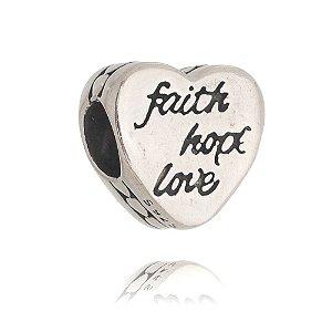 BERLOQUE DE PRATA CORAÇÃO FAITH HOPE LOVE ( Fé, Esperança e Amor )