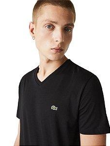 Camiseta Lacoste Sport Gola V - Preta