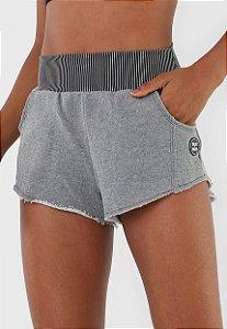 Shorts Colcci Fitness - Cinza Listrado