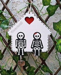 Porta Chaves com Chaveiro Casal Esqueleto