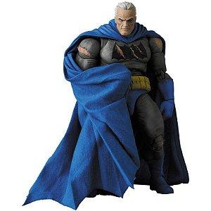 [Reservar PV: 10% de Entrada] Mafex #119 Batman [TDKR: The Dark Knight Triumphant]