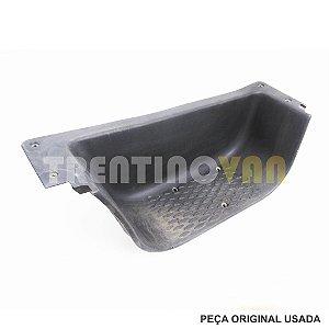 Acabamento Degrau Porta Dianteira Iveco - 5801257175 - 08 a 19 Lado Esquerdo
