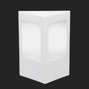 Arandela Alumínio Triangular 17,5 cm x 18 cm