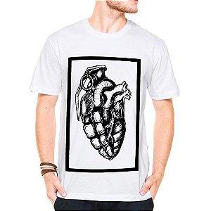 Camiseta Manga Curta Coração Granada