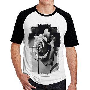 Camiseta Raglan Cruz 3D