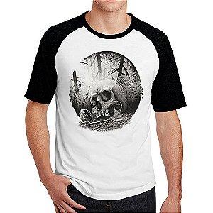 Camiseta Raglan Caveira Forest