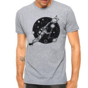Camiseta Manga Curta Swim In The Space