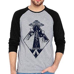 Camiseta Manga Longa Abdução