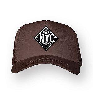 Boné Trucker Superior NYC Marrom