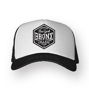 Boné Trucker Bronx Preto com Branco