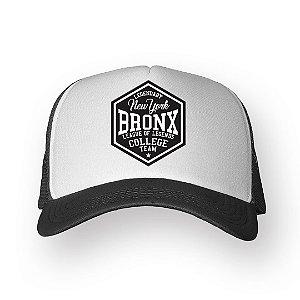 Boné Trucker Bronx Chumbo com Branco