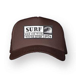 Boné Trucker Surf Marrom
