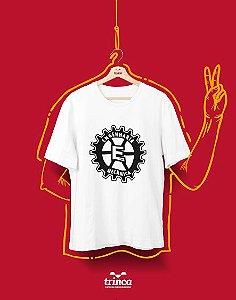 Camiseta Universitária - Engenharia Mecânica - 'Engenagem' - Basic