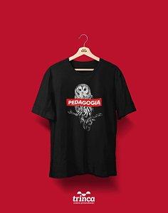 Camiseta Universitária - Pedagogia - Supreme - Basic