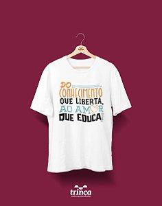 Camisa Pedagogia - A solução - Basic