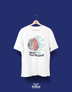 Camisa Universitária Psicologia - Quase lá - Basic