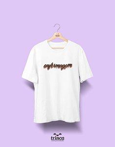 Camiseta - Coleção Grafite - Enfermagem - Basic