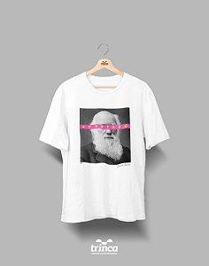 Camiseta - Coleção Imortais - Charles Darwin - Basic