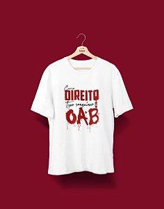 Camiseta Universitária - Direito - Tipo Sanguíneo - Basic